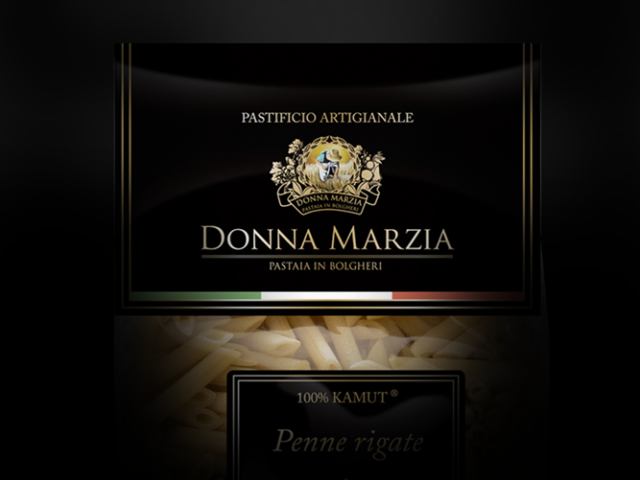 Donna Marzia - a comprehensive service for a brand and restaurant